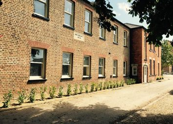 Thumbnail 2 bed flat to rent in Fleet Road, Holbeach, Spalding