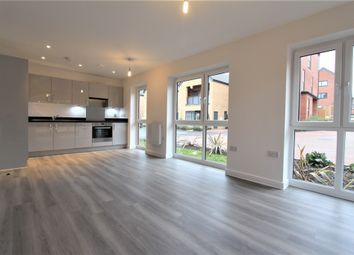 Thumbnail 1 bed flat to rent in Holmsley Road, Borehamwood