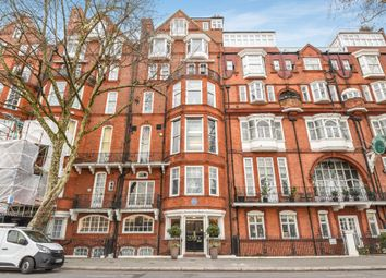 Thumbnail 1 bedroom flat for sale in Chelsea Embankment, London