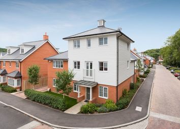 Thumbnail 4 bed detached house for sale in Sierra Road, High Wycombe