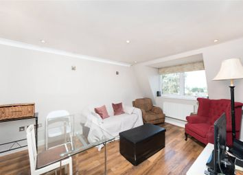 Thumbnail 2 bed flat to rent in Lavender Hill, Clapham, London