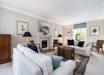 Thumbnail 3 bed flat to rent in Kensington Park Gardens, Notting Hill