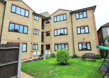 Thumbnail 1 bedroom flat for sale in Gipsy Lane, Grays