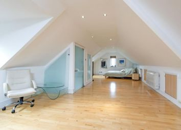 Thumbnail 7 bed town house for sale in Alley Road, London