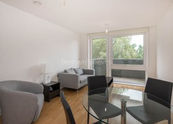 Thumbnail 1 bedroom flat to rent in Duckett Street, Stepney