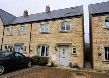 3 bed end terrace house for sale in Windmill Road, Stroud GL6