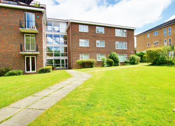 Thumbnail 3 bed flat to rent in Mays Hill Road, Bromley