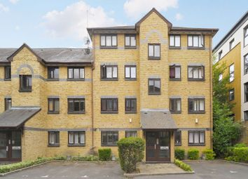 Tyndal Court, Transom Square, Isle Of Dogs E14. 2 bed flat