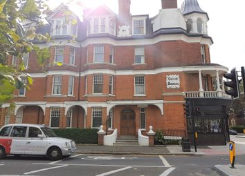 Thumbnail 4 bed flat to rent in Queens Avenue, London