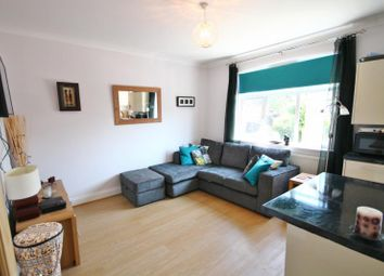 Thumbnail 2 bed flat to rent in Eveline Road, Mitcham, Surrey
