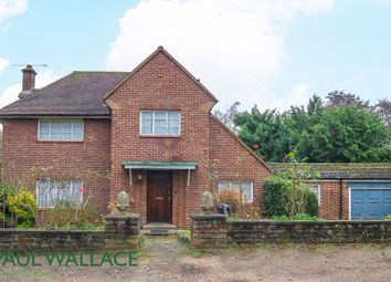 Thumbnail 3 bed detached house for sale in Woodlands Drive, Hoddesdon