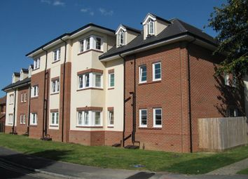 Thumbnail 2 bedroom flat to rent in Oxford Road, Kidlington