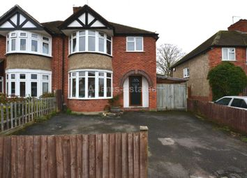 Room to rent in Byron Road, Earley, Reading RG6