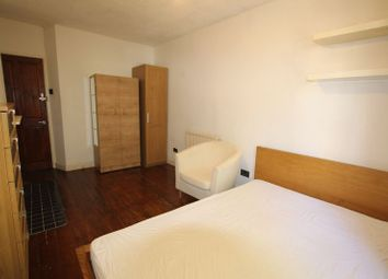 Thumbnail Room to rent in Abbott Road, London