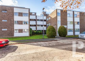 Thumbnail 2 bedroom flat for sale in Stonegrove, Edgware