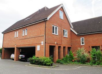 Thumbnail 2 bedroom flat for sale in Merton Road, Slough