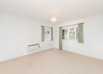 Thumbnail Studio to rent in Sutton Court Road, Chiswick