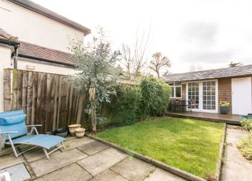 Thumbnail 2 bedroom cottage to rent in Friern Barnet Lane, Whetstone, London