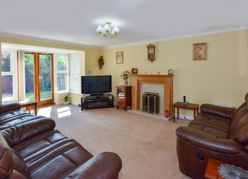 Thumbnail 6 bedroom detached house for sale in Vernier Crescent, Medbourne, Milton Keynes
