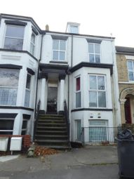 Thumbnail 2 bedroom flat to rent in Albert Avenue, Anlaby Road, Hull