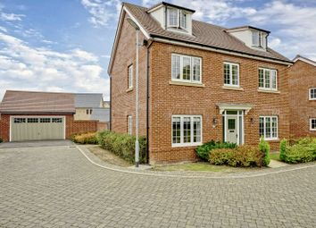 Thumbnail 5 bed detached house for sale in Field Gate Close, St Neots, Cambridgeshire