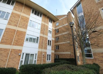 Thumbnail 2 bedroom flat to rent in Branagh Court, Oxford Road, Reading