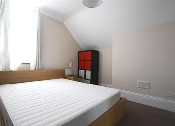Thumbnail 1 bed flat to rent in Whitechapel Road, Whitechapel