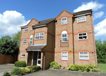 Thumbnail 2 bed flat to rent in Salters Close, Rickmansworth