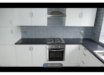 2 bed maisonette to rent in Whiting Avenue, Barking IG11