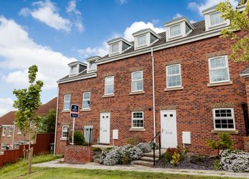 Thumbnail 3 bed town house for sale in Masseys View, Blaydon-On-Tyne
