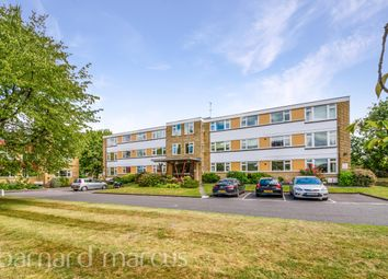 Avenue Road, Epsom KT18. 3 bed flat