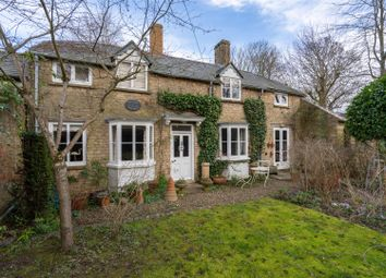 Thumbnail 5 bed cottage for sale in Brewery Row, Little Compton, Gloucestershire