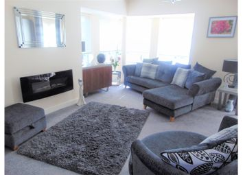 Thumbnail 2 bed flat for sale in Fairbourne Walk, Oldham