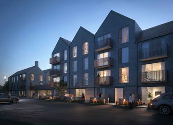 74 Portsmouth Road, Cobham KT11. 2 bed flat for sale