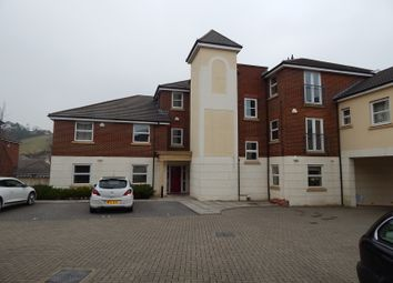 Thumbnail 2 bed flat to rent in Kingsley Avenue, Torquay