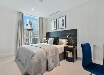 39 Harbour Way, London E14. 2 bed flat
