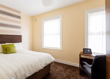 3 bed shared accommodation to rent in Romney Street, Salford M6