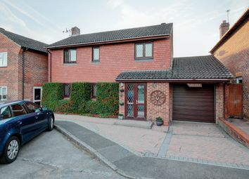 3 bed detached house for sale in Orchard Way, Pulborough RH20
