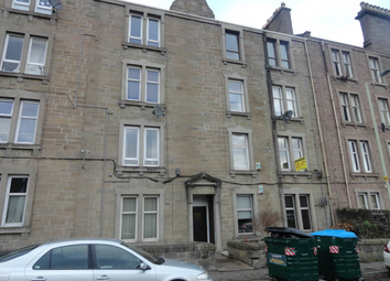 Thumbnail 2 bedroom flat to rent in Milnbank Road, Dundee