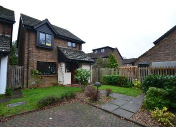 Thumbnail 3 bed detached house to rent in Fishers, Horley