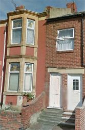 Thumbnail 2 bed flat to rent in Brighton Road, Gateshead, Tyne And Wear