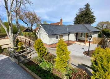 Thumbnail 1 bed cottage for sale in Hullett's Lane Pilgrims Hatch, Brentwood