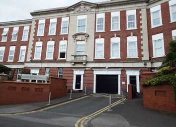 Thumbnail 3 bed flat to rent in Peel Street, Nottingham