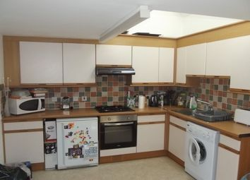 2 bed property to rent in Cobden Place, Canterbury CT1