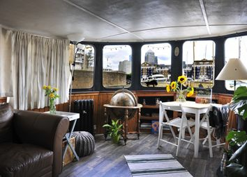 Thumbnail 1 bed houseboat for sale in Houseboat, Limehouse Basin Marina, London, London