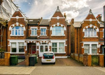4 bed property to rent in Conyers Road, Streatham Park, London SW166Lr SW16