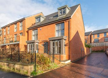 Thumbnail 5 bed detached house for sale in East Park Road, Low Fell, Gateshead