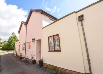 Southampton Hill, Titchfield, Fareham PO14. 2 bed terraced house