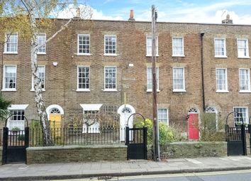 Thumbnail 4 bedroom terraced house to rent in Kings Road, Windsor, Berkshire