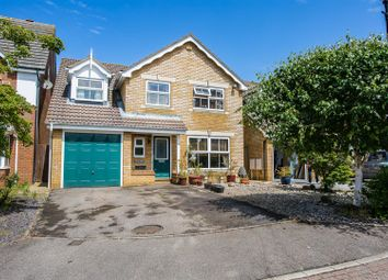 Thumbnail 5 bed detached house for sale in The Fieldings, Banstead